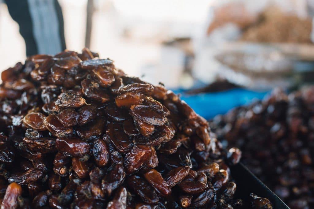 datteln am markt in marokko