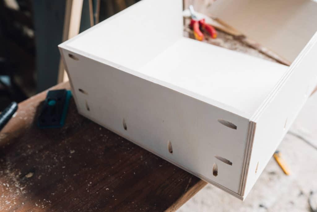 Schublade mit Taschenlochbohrer