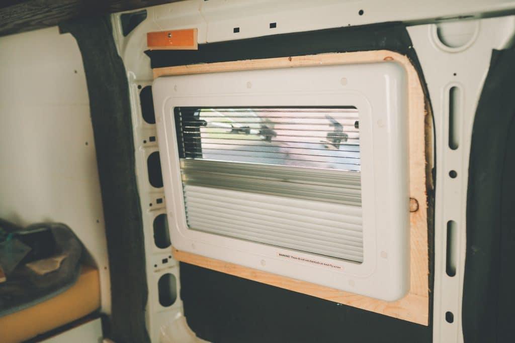 Insektenschutz und verdunkelung carbest Fenster Camper ausbau