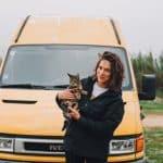 Iveco Daily Kate Vanlife mit Katze