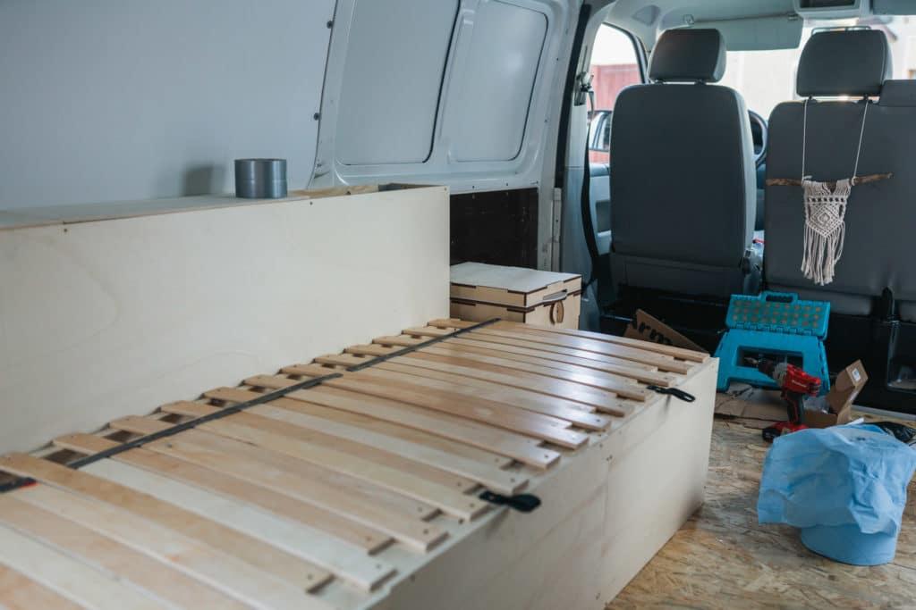 VW Bus Ausziehbett selbst bauen