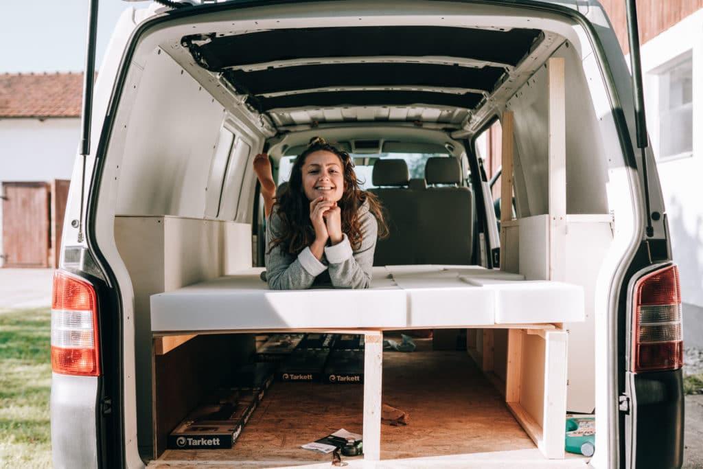 VW Bus Bett bauen Anleitung Ausziehbett