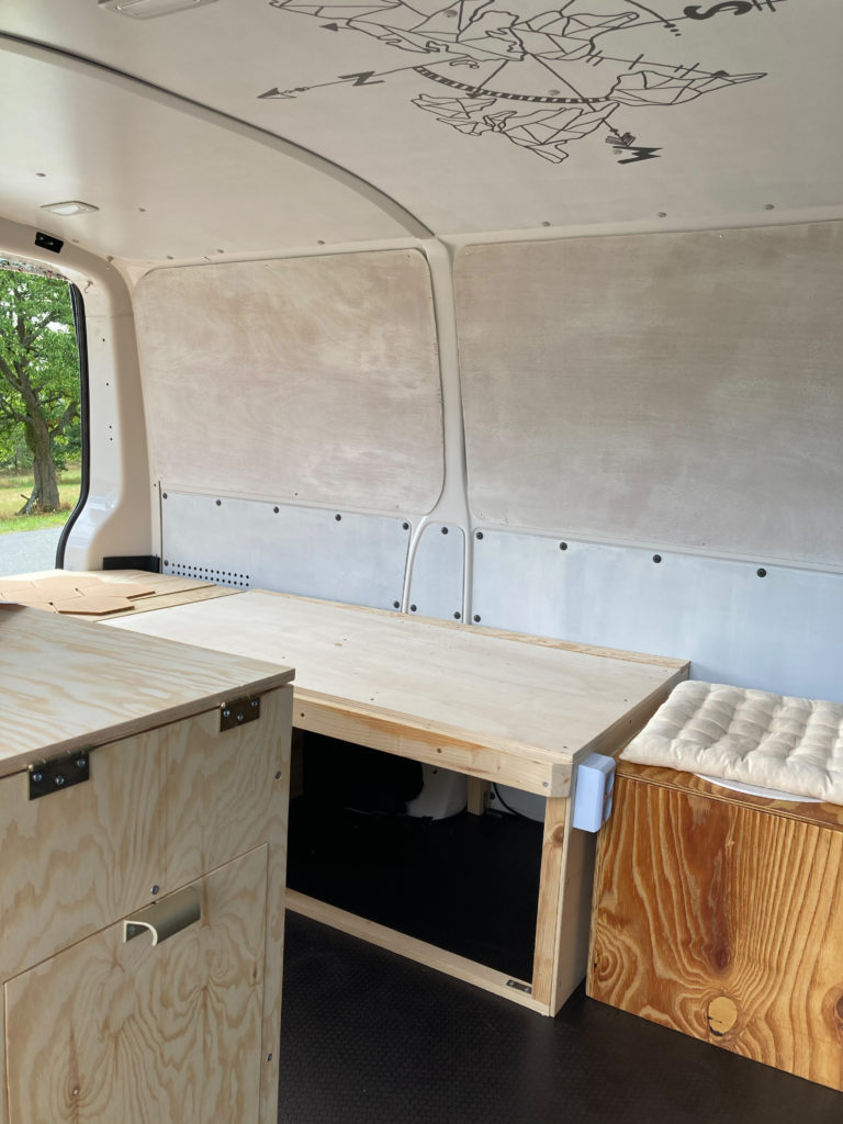 Ausbau DIY VW T6 Bulli Minivan