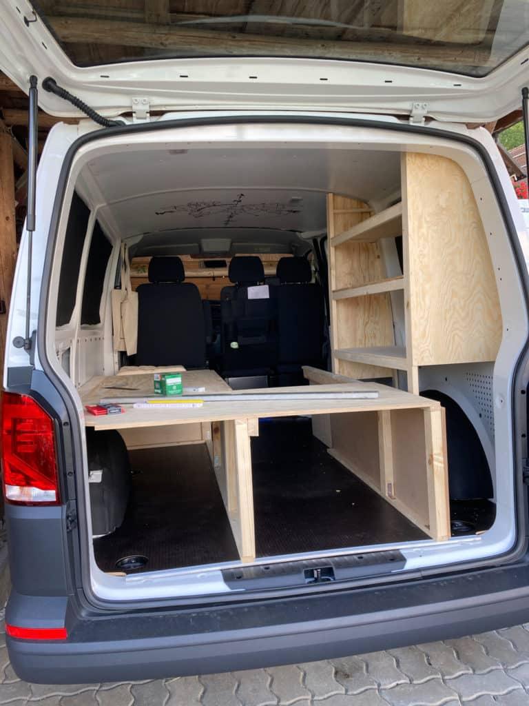 Minibus Ausbau DIY VW T6 Bulli Minivan