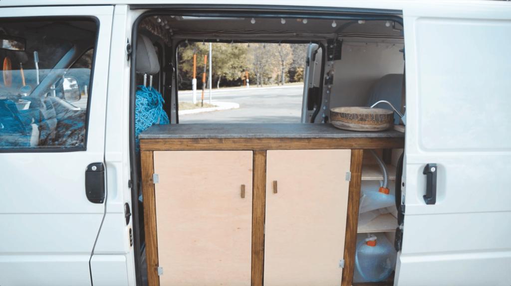 VW T4 Camper Schiebetüren Küche