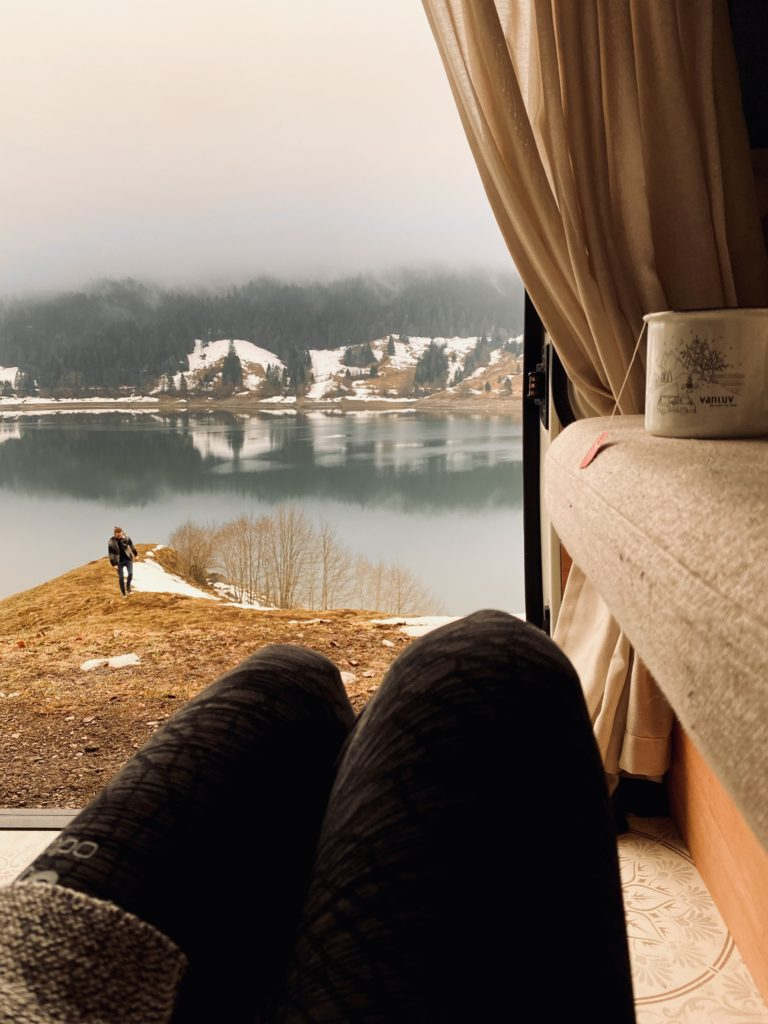Camper Reisen Ausblick Schweiz